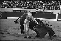 2 Mai 1965. Vue de la corrida de Huerta dans les arènes de Toulouse.