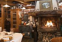 Europe/France/Rhone-Alpes/73/Savoie/Courchevel:  restaurant :La Chapelle