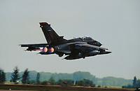 - Royal Air Force, strike aircraft Tornado<br /> <br /> - Royal Air Force, aereo da attacco Tornado