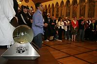Viel Betrieb im Frankfurter Roemer beim Empfang des World Bowl Champion Frankfurt Galaxy