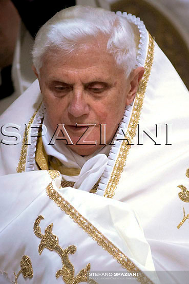 Pope Benedict XVI during the Holy Thursday rite of the washing feet, in St. John in Lateran Basilica in Rome...March 20, 2008.. .