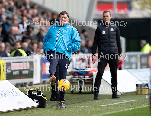 St Mirren v St Johnstone….27.04.19      St Mirren Park        SPFL<br />Tommy Wright shows his ball skills<br />Picture by Graeme Hart. <br />Copyright Perthshire Picture Agency<br />Tel: 01738 623350  Mobile: 07990 594431