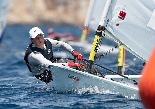 Eve McMahon sailing towards her medal win at Kastela, Croatia