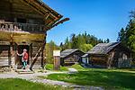 Austria, Tyrol, Kramsach: open-air museum Tyrolean Farmhouses - left Zenzl's farm, right Franzl's Klaisa's farm | Oesterreich, Tirol, Wanderdorf Kramsach: Freilichtmuseum Tiroler Bauernhoefe - links der Zenzl's Hof, rechts der Franzl's Klaisa's Hof