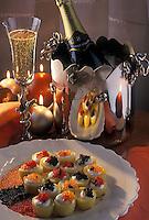 Gastronomie générale / Cuisine générale : Repas de Noël- pommes de terre Bonnotte de normandie , farcies d'oeufs de saumon d'oeufs d'ablette et de caviar Champagne Diebolt-Valois