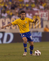 Brazil midfielder Hernanes (18) at midfield. Brazil  defeated the US men's national team, 2-0, in a friendly at Meadowlands Stadium on August 10, 2010.
