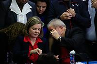 SÃO PAULO,SP, 13.07.2017 - LULA-SP - A Presidente do Partido dos Trabalhadores (PT), Gleisi Hoffmann, durante coletiva do ex-presidente Luiz Inacio Lula da Silva na sede do partido, no centro de São Paulo na manhã desta quinta-feira (13).<br /> <br /> (Foto: Fabricio Bomjardim / Brazil Photo Press)