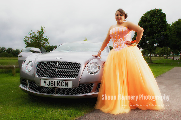 Pix: Shaun Flannery/shaunflanneryphotography.com...COPYRIGHT PICTURE>>SHAUN FLANNERY>01302-570814>>07778315553>>..29th June 2012..Delyse Hall.Ridgewood School Prom.
