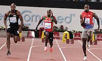 Il giamaicano Usain Bolt, destra, accanto al nevisiano Kim Collins, al centro e al connazionale Asafa Powell, vince i 100 metri uomini durante il Golden Gala di atletica leggera allo stadio Olimpico di Roma, 31 maggio 2012..Jamaica's Usain Bolt, right, runs past Saint Kitts and Nevis's Kim Collins, center, and compatriot Asafa Powell, to win the men's 100 meters during the IAAF athletic Golden Gala meeting at Rome's Olympic stadium, 31 may 2012..UPDATE IMAGES PRESS/Riccardo De Luca
