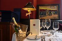 Restaurant petit bonheur, Hütten 85-86, Hamburg, Deutschland, Europa<br /> Hamburg, Germany, Europe