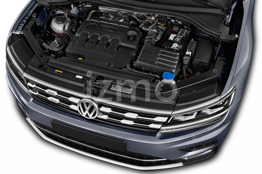 Car stock 2018 Volkswagen Tiguan Allspace Highline 5 Door SUV engine high angle detail view