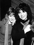 Heart 1982 Nancy Wilson and  Ann Wilson  in their Seattle Studio.© Chris Walter.