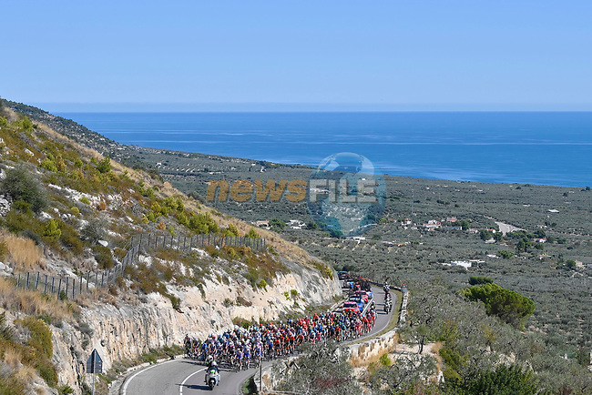 The peloton take it easy during Stage 8 of the 103rd edition of the Giro d'Italia 2020 running 200km from Giovinazzo to Vieste, Sicily, Italy. 10th October 2020.  <br /> Picture: LaPresse/Fabio Ferrari | Cyclefile<br /> <br /> All photos usage must carry mandatory copyright credit (© Cyclefile | LaPresse/Fabio Ferrari)