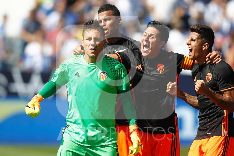 Valencia CF's Diego Alves, Aderllan Santos, Enzo Perez and Jose Luis Gaya celebrate during La Liga match. September 25,2016. (ALTERPHOTOS/Acero)
