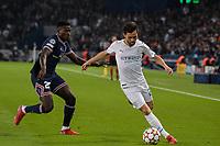 28th September 2021, Parc des Princes, Paris, France: Champions league football, Paris-Saint-Germain versus Manchester City:  Bernardo Silva ( 20 - Manchester City ) takes on TAVARES MENDES ( 25 - PSG )