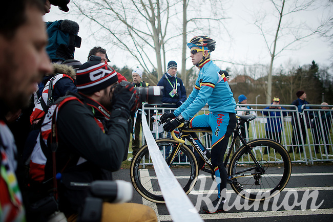 A nervous favorite Eli Iserbyt (BEL) as the first on the start line<br /> <br /> Men Juniors Race<br /> <br /> 2015 UCI World Championships Cyclocross <br /> Tabor, Czech Republic