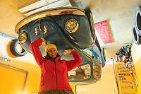 Europe, Autriche, Tyrol (Land), Tyrol du Nord, Weerberg: // Europe, Austria, Tyrol (state), Weerberg: : Maison à l'envers, Deux architectes polonais ont passé huit mois à la construction d'une « maison à l'envers »<br /> Auto:N° 2014-175