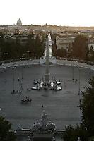 Roma 22/8/2004 <br /> Piazza del popolo. Foto Andrea Staccioli Insidefoto