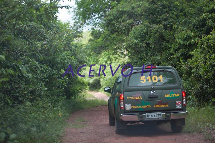 O Batalhão de polícia Ambiental, Museu Emilio Goeldi e Universidade Federal Rural da Amazônia, fazem operação de resgate de animais silvestres na grande Belém, para posterior reinserção no Parque ambiental  do Utinga.<br /> Belém, Pará, Brasil.<br /> Foto Carlos Borges