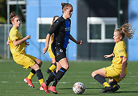 20191026 – Brugge, BELGIUM : Brugge's Charlotte Laridon (M) with Standard's Justine Blave (L) and Sophie Strepenne (R) pictured during a women soccer game between Club Brugge Dames and Standard Femina de Liege on the seventh matchday of the Belgian Superleague season 2019-2020 , the Belgian women's football  top division , Saturday 26 th October 2019 at the synthetic terrain 4 at the Jan Breydel site in Brugge  , Belgium  .  PHOTO SPORTPIX.BE | DIRK VUYLSTEKE