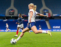 LE HAVRE, FRANCE - APRIL 13: Lindsey Horan #9 of the USWNT crosses the ball during a game between France and USWNT at Stade Oceane on April 13, 2021 in Le Havre, France.