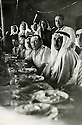 Syrie 1950?.Au centre,     avec sheikh Abdel Razzak Tahan.Syria 1950?.In the middle,     with sheikh Abdel Razzak Tahan ( Shammar)