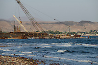 DJIBOUTI Tadjourah, construction of new port by chinese company BAO YE HUBEI Construction Engineering Group, the port will handle mineral and potash exports from Ethiopia / DSCHIBUTI Tadjourah, Hafenneubau durch chinesische Firma BAO YE HUBEI Construction Engineering Group, finanziert durch Arab Fund and Saudi Fund for development