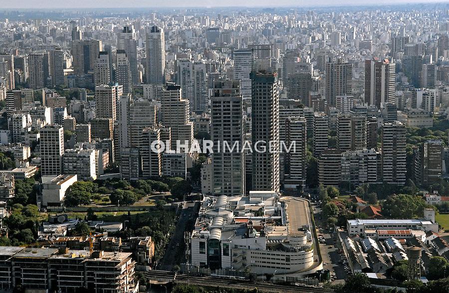 Vista aérea da cidade de Buenos Aires. Argentina. 2008. Foto de Renata Mello.