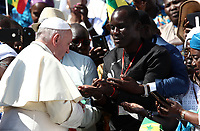 Papa Francesco saluta un gruppo di fedeli del Senegal al termine dell'udienza generale del mercoledi' in Piazza San Pietro, Citta' del Vaticano 11 settembre 2019.<br /> Pope Francis greets a group of faithful from Senegal at the end of the weekly general audience in St. Peter's Square at the Vatican,  on September 11, 2019.<br /> UPDATE IMAGES PRESS/Isabella Bonotto<br /> <br /> STRICTLY ONLY FOR EDITORIAL USE