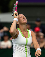 28-06-12, England, London, Tennis , Wimbledon,    Kiki Bertens is frustrated