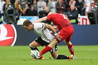 Mario Götze (D) gegen Michal Pazdan (POL) - EM 2016: Deutschland vs. Polen, Gruppe C, 2. Spieltag, Stade de France, Saint Denis, Paris