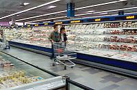 - food market....- supermercato alimentari