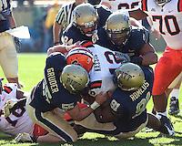 Pittsburgh defense sacks Syracuse quarterback Ryan Nassib. The Pittsburgh Panthers defeated the Syracuse Orange 37-10 at Heinz Field, Pittsburgh Pennsylvania on November 7, 2009..