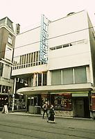 Johannes Duiker: Cinema Cineac, 1934. Amsterdam. (See Tafuri & Dal Co., MODERN ARCHITECTURE) Photo '87.