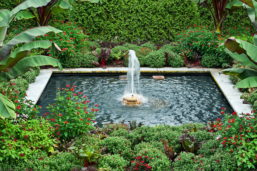Water Garden, Longwood Gardens, Pennsylvania, USA