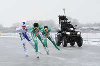MARATHONSCHAATSEN: ELBURG: Veluwemeer,  25-01-2013, Schaatsseizoen 2012-2013, KPN NK Marathon Natuurijs, Jan van Loon (A34), Christijn Groeneveld (A27), Arjan Stroetinga (A15), ©foto Martin de Jong