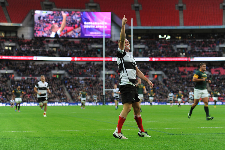 Andy Ellis (Crusaders, Kobelco Steelers & New Zealand) of Barbarians celebrates scoring a try during the Killik Cup match between Barbarians and South Africa at Wembley Stadium on Saturday 5th November 2016 (Photo by Rob Munro)