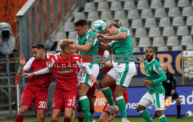 17.10.2020, Schwarzwald Stadion, Freiburg, GER, 1.FBL, SC Freiburg vs SV Werder Bremen<br /> <br /> im Bild / picture shows<br /> Christian Günter (Freiburg), Philipp Lienhart (Freiburg), Milos Veljkovic (Bremen), Niclas Füllkrug (Bremen)<br /> <br /> Foto © nordphoto / Bratic<br /> <br /> DFL REGULATIONS PROHIBIT ANY USE OF PHOTOGRAPHS AS IMAGE SEQUENCES AND/OR QUASI-VIDEO.