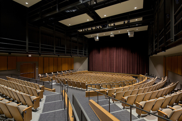 Performing Arts Center at the Columbus School for Girls | DesignGroup