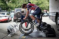 Jacopo Mosca (ITA/Trek - Segafredo) warming up ahead of his time trial<br /> <br /> 104th Giro d'Italia 2021 (2.UWT)<br /> Stage 21 (final ITT) from Senago to Milan (30.3km)<br /> <br /> ©kramon