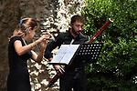 Gruppi cameristici dell'Orchestra Giovanile Luigi Cherubini <br /> <br /> VENERDÌ 30 LUGLIO <br /> Sala dei Cavalieri di Villa Rufolo, ore 18.30 <br /> Gianpaolo Del Grosso, Federico Fantozzi, Giovanni Mainenti, <br /> Xavier Soriano Cambra, corni<br />      <br /> ***<br /> Low Brass Quartet<br /> Andrea Andreoli, Antonio Sabetta, trombone tenore<br /> Cosimo Iacoviello, trombone basso<br /> Alessandro Rocco Iezzi, tuba<br /> <br /> <br /> SABATO 31 LUGLIO <br /> Chiesa di Santa Maria a Gradillo, ore 12.30<br /> Alessandro Brutti, Valentina Cangero, violoncelli<br /> <br /> Giardini del Monsignore, ore 18.30<br /> Pietro Sciutto, Matteo Novello, trombe<br /> Gianpaolo Del Grosso, Federico Fantozzi, Giovanni Mainenti, Xavier Soriano Cambra, corni<br /> Andrea Andreoli, Antonio Sabetta, Cosimo Iacoviello, tromboni <br /> Alessandro Rocco Iezzi, tuba<br /> Federico Moscano, percussioni<br /> <br /> <br /> DOMENICA 1 AGOSTO<br /> Sala dei Cavalieri di Villa Rufolo, ore 12.30<br /> <br /> Viola Brambilla, Chiara Picchi, flauto<br /> Leonardo Latona, fagotto   <br /> Linda Sarcuni, oboe<br /> Xavier Soriano Cambra, corno<br /> <br /> Chiesa di San Giovanni del Toro, ore 18.30 <br /> Fabrizio Fadda, clarinetto<br /> Irene Barbieri, Federica Castiglione, violini<br /> Tommaso Morano, Sergio Lambroni, viola<br /> Lucia Sacerdoni, violoncello<br /> Francesco Sanarico, contrabbasso