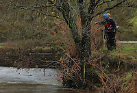 Pictured: Divers search in the river Ogmore near Stormy Down, Wales, UK. Tuesday 22 November 2016<br />