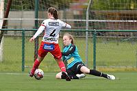 Ella Vierendeels (4) of Zulte Waregem and Goalkeeper Lisa Vandeputte (1) of Eendracht Aalst  pictured during a female soccer game between SV Zulte - Waregem and Eendracht Aalst on the 9 th matchday in play off 2 of the 2020 - 2021 season of Belgian Scooore Womens Super League , saturday 22 nd of May 2021  in Zulte , Belgium . PHOTO SPORTPIX.BE   SPP   DIRK VUYLSTEKE