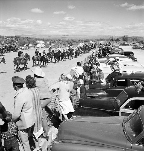 0301-518A. Rancho de los Caballeros, Wickenburg, Arizona, Rodeo. March 20, 1949