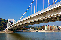 Elizabeth suspension bridge, ( Erzsébet híd). Budapest, Hungary
