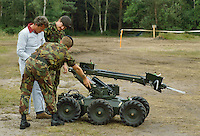 - Royal Army, artificer robot ....- Royal Army, robot artificiere