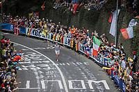 fan running up the Keizersberg<br /> <br /> Men Elite – Road Race (WC)<br /> Race from Antwerp to Leuven (268.3km)<br /> <br /> ©kramon