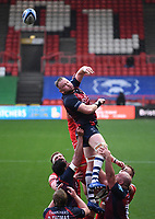 30th September 2020; Ashton Gate Stadium, Bristol, England; Premiership Rugby Union, Bristol Bears versus Leicester Tigers; Joe Joyce of Bristol Bears slaps the lineout ball back