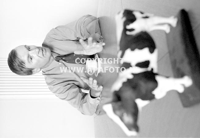 Arnhem,15-05-98  Foto:Koos Groenewold (APA)<br />Jacob Chardon,directeur Holland Genetics.<br />PLUS   24  PAG?   INTERVIEW   APA