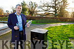 Cllr Pa Daly is calling on the Kerry County Council to back a pilot scheme introducing reverse vending machines around Tralee allowing people to recycle plastic while getting money in return.